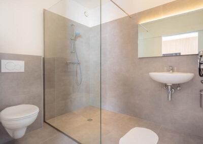 double-superior--badkamer-1-hotel-blabla-bruges